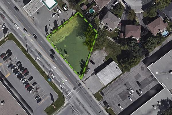 1001, Des Laurentides Blvd., Laval (QC)