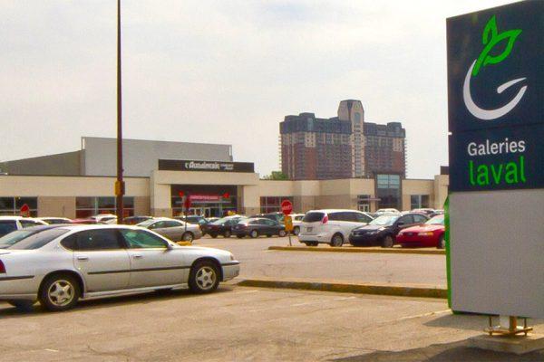 1665 Le Corbusier Boulevard, Laval, QC